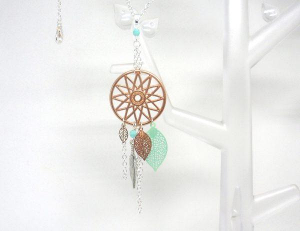 sautoir attrape-rêves dreamcatcher or rose gold vert opale turquoise clair argenté estampes feuilles plumes perles verre de Bohême