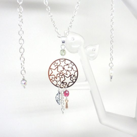 collier étoiles feuille goutte perles en verre de Bohême fines estampes or rose gold argenté fuchsia gris irisé Odacassie