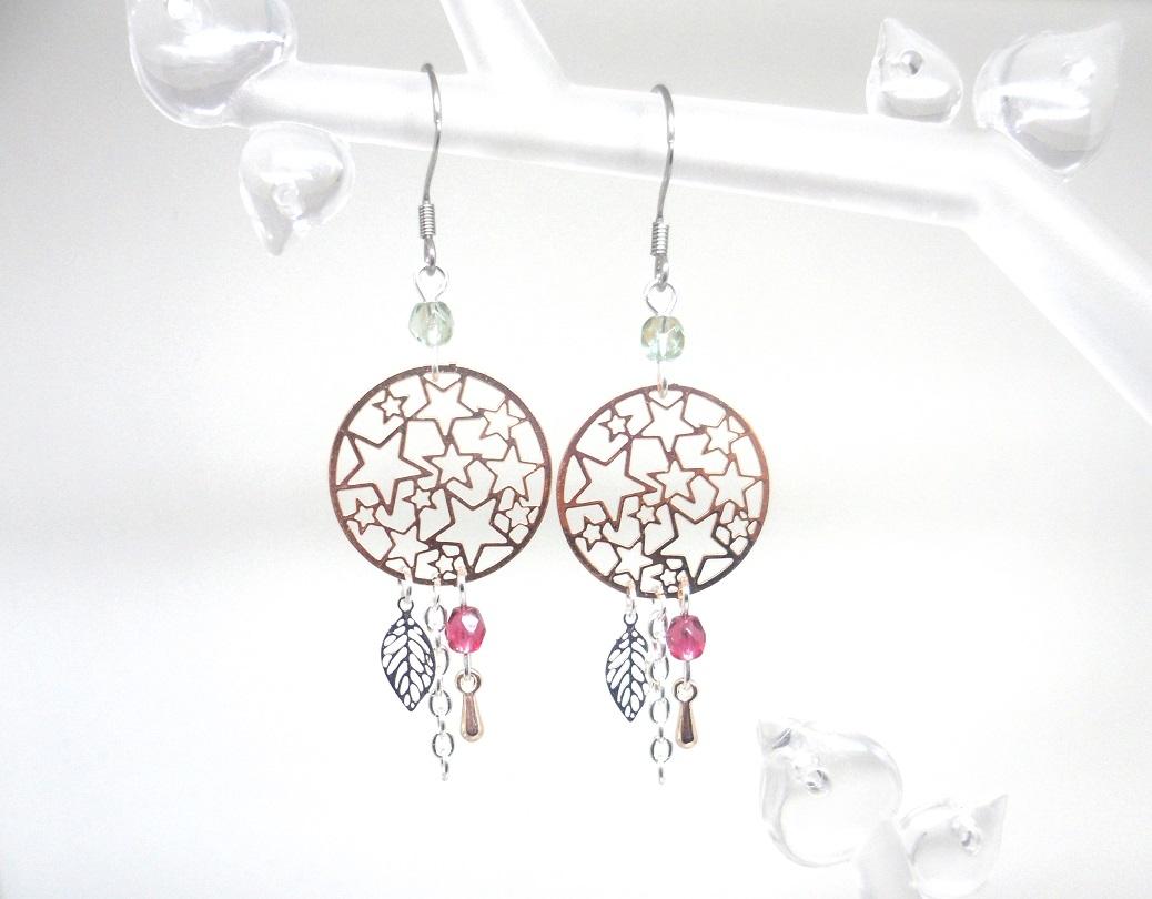 Boucles d'oreilles étoiles feuilles gouttes perles en verre de Bohême fines estampes or rose gold argenté fuchsia gris irisé Odacassie