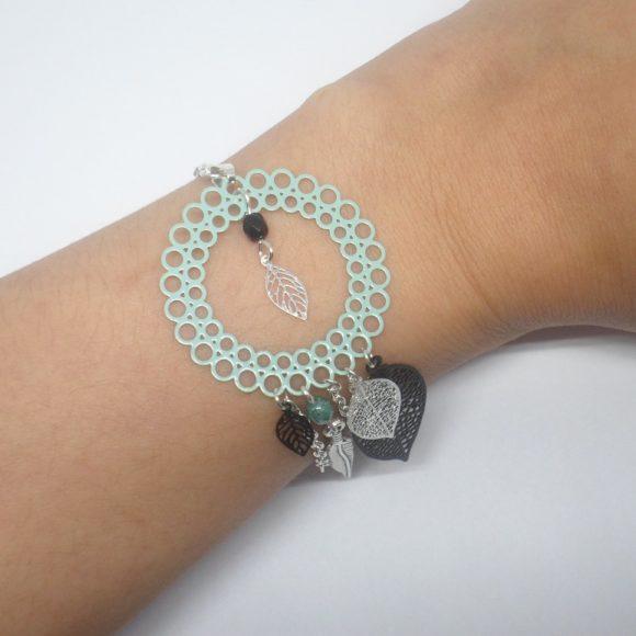 bracelet dreamcatcher attrape-rêves vert d'eau turquoise argenté noir fines estampes feuilles plume perles création Odacassie