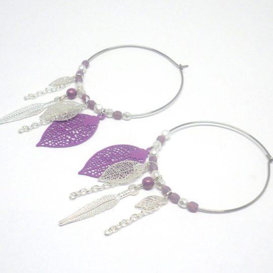 Créoles attrape-rêves argenté violet mauve blanc nacré acier inoxydable dreamcatcher estampes feuilles plumes perles Odacassie
