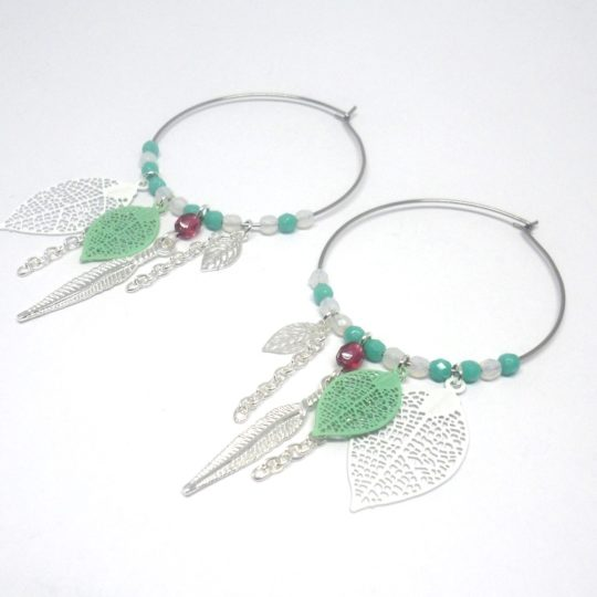 Créoles dreamcatcher estampes feuilles plumes perles argenté vert blanc rose fuchsia acier inoxydable création Odacassie