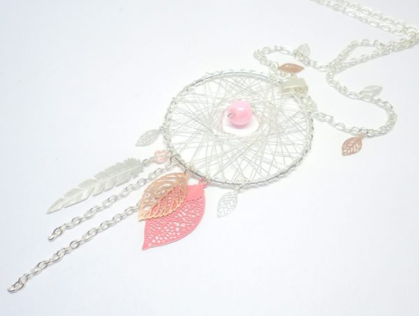 sautoir dreamcatcher argenté et rose