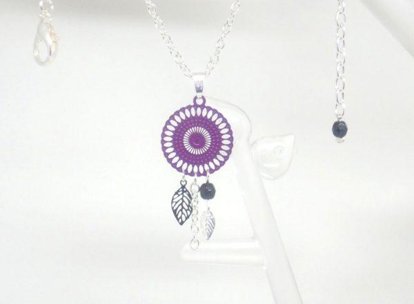collier rosace violet et noir