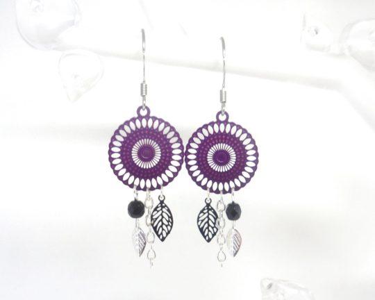 boucles d'oreilles rosaces violettes et noires
