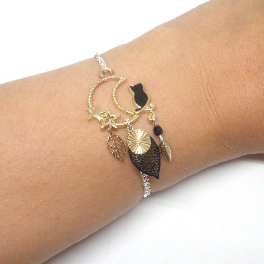 Bracelet chat noir et doré, étoiles, lune, feuilles, sequin doré et perle en verre de Bohême création Odacassie bijoux et accessoires faits main
