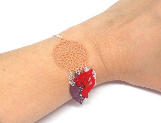 Bracelet renard couleurs automnales fines estampes rouge ocre violet rose beige orange bracelet attrape-rêves dreamcatcher par Odacassie les créations de Cassandre bijoux et accessoires faits main bijoux poétiques bijoux bohèmes bijoux romantiques