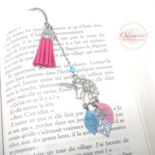 Marque-page licorne pompon métal étoile feuilles bleu rose par Odacassie