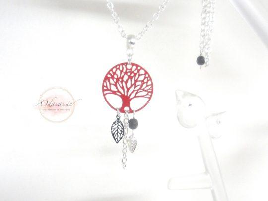 Collier arbre de vie rouge Odacassie