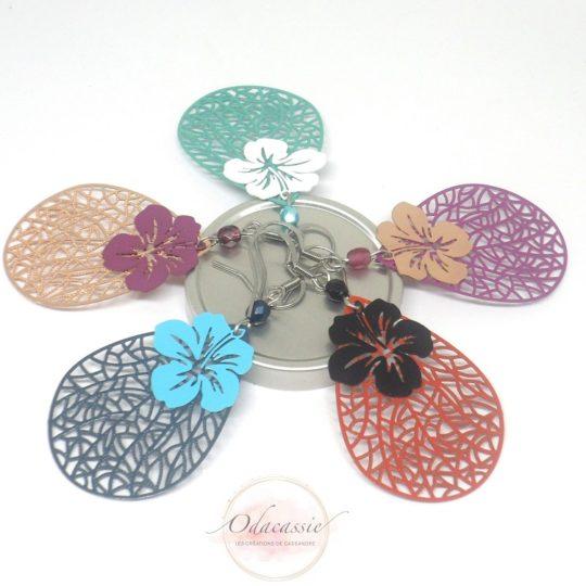 Boucles d'oreilles gouttes et fleurs coloris au choix fines estampes par Odacassie