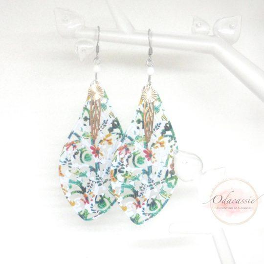 Boucles d'oreilles printanières gouttes colorées blanc orangé vert par Odacassie