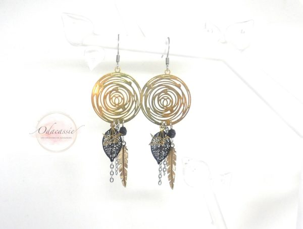 Boucles d'oreilles spirales dorées et noires oiseaux origami plumes feuilles perles esprit attrape-rêves par Odacassie